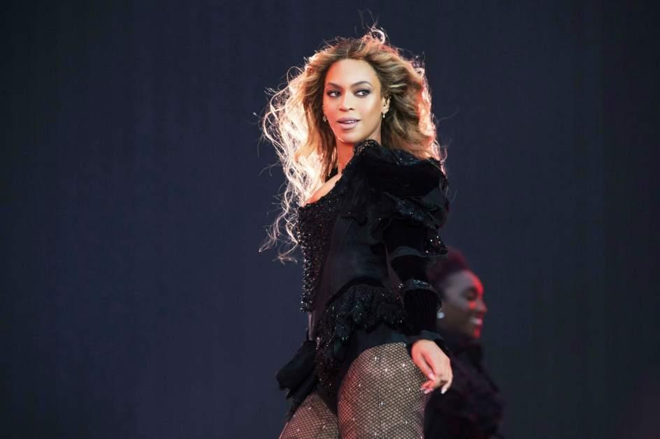 Beyoncé durante un concierto de su 'Formation World Tour'.